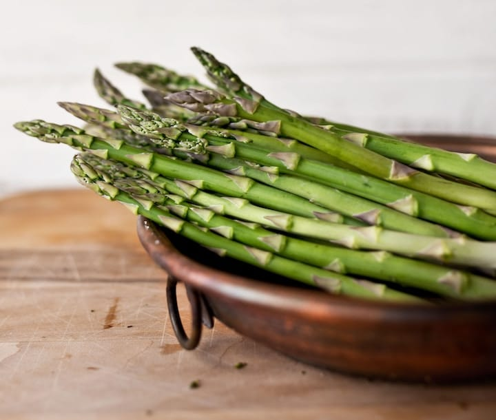 asparagus-vegan-protein-source