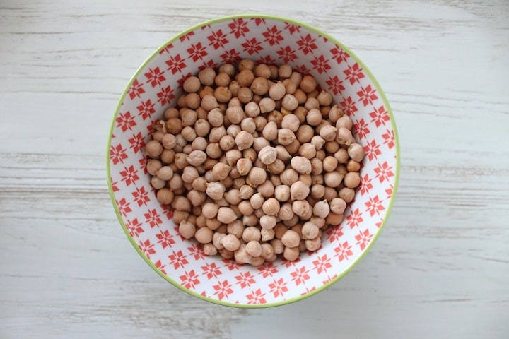 chickpeas-vegan-protein-source